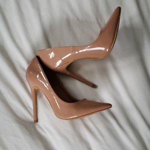 Point heels